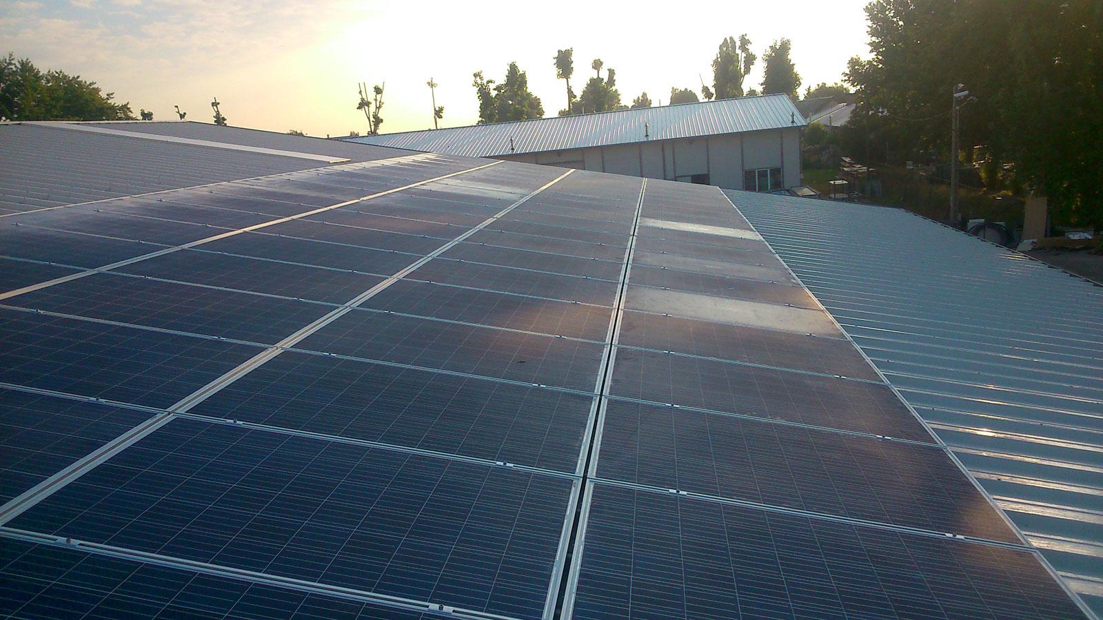 Gyál, Pest megye napelem rendszer, Budapest napelem rendszer értékesítő kivitelező cég.