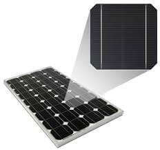 Monokristályos napelem panel és cella.