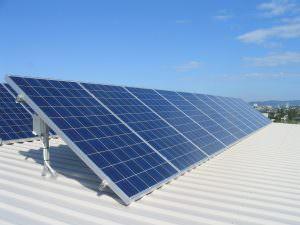 Napenergia felhasználása napelemekel