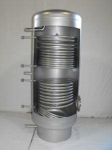 Napkollektoroknál alkalmazott hőcserélő tartály.