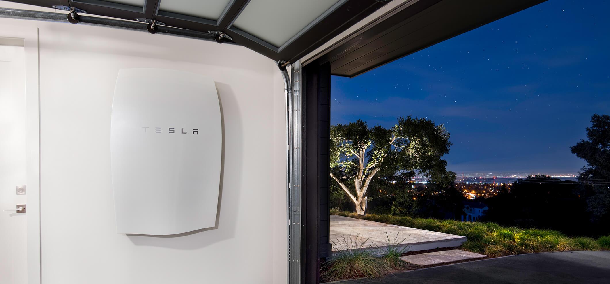 Tesla akkumulátor, tesla Powerwall, szigetüzemű napelemes rendszer, háztartási akkumulátor, Tesla Powerpack