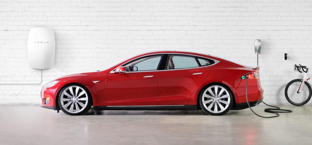 Tesla akkumulátor, napelem rendszerhez és elektromos autó töltéshez - Tesla Powerwall és Tesla Powerpack