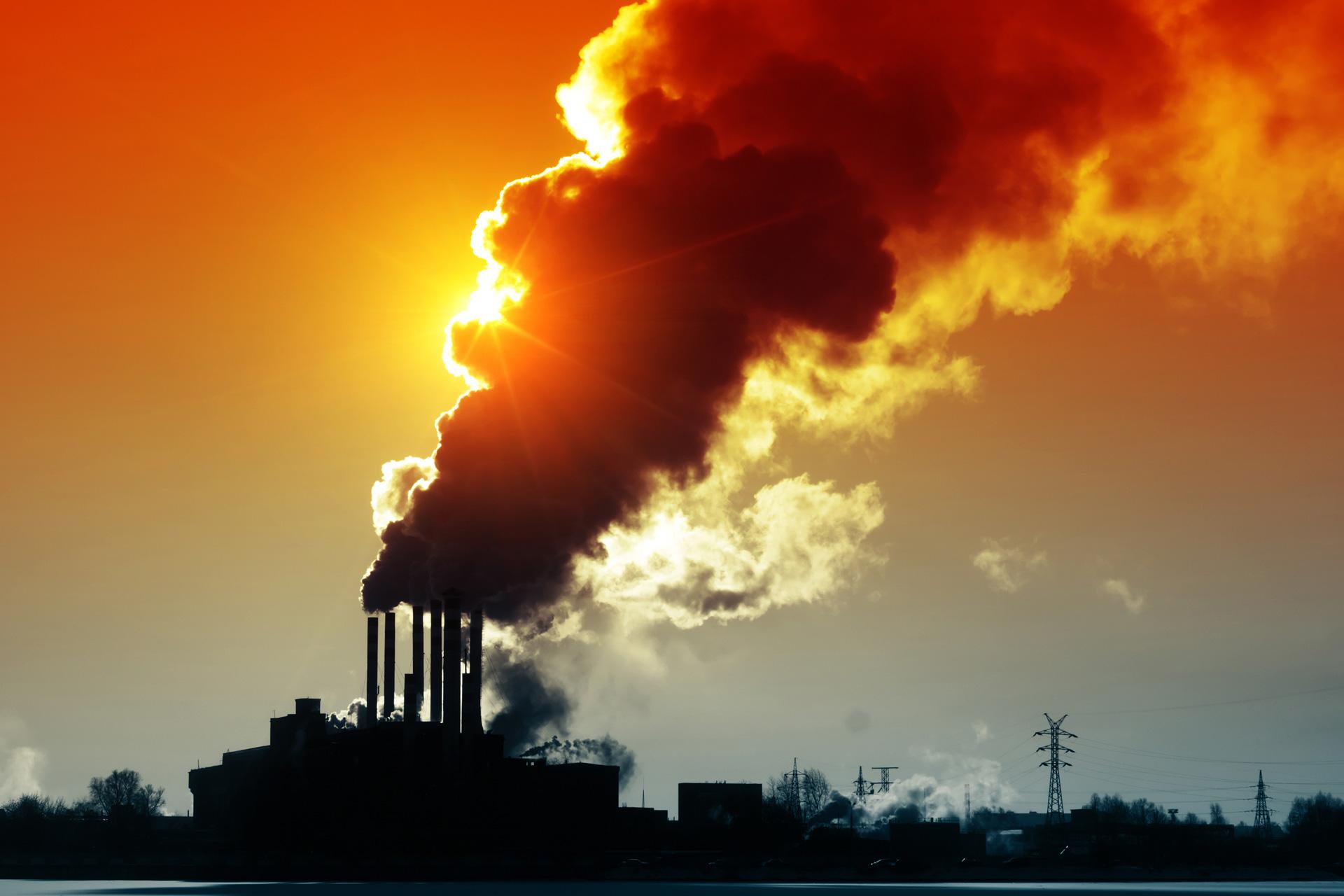 Üvegházhatású gázok, megoldás a megújuló energiaforrások, úgy mint a napelem